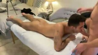Gay 69 sex with a hot naked masseur